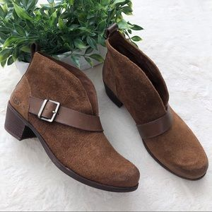 Ugg Wright belted shearling brown suede boots 8.5